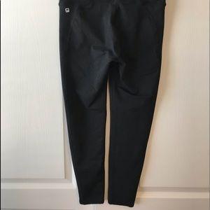 Crop 7/8  black leggings.